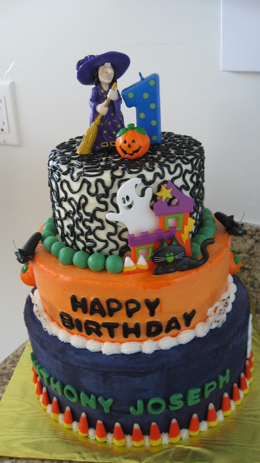 Cake Decorating Halloween Theme : Birthday Cake Center: Halloween Birthday Cakes 2011 ...