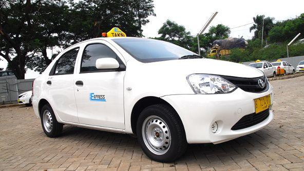 unit mobil taksi express group