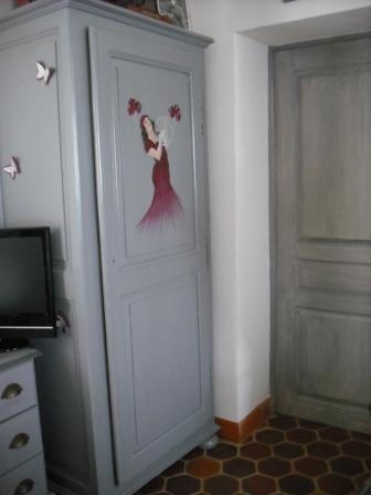 Relooking d 39 une armoire chambre d 39 h tes pr s de saint jean de monts - Chambre d hote st jean de monts ...