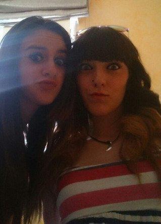 Noelia y Mirian (selfie)