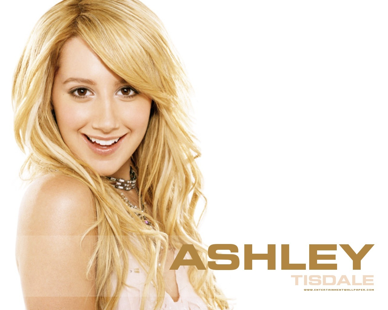 http://1.bp.blogspot.com/-ji2tbkPLozc/TtOA-2kKM4I/AAAAAAAAA6I/pbyCoxc0WoM/s1600/Beautiful-Ashley-Tisdale-hd+Wallpapers.jpg