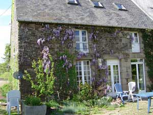 La Plissonnais Is A Stone Built 17th Century Norman Farm And It Has 3 Houses On Available For Rent At Very Reasonable Prices I Thought Id Share Some Of