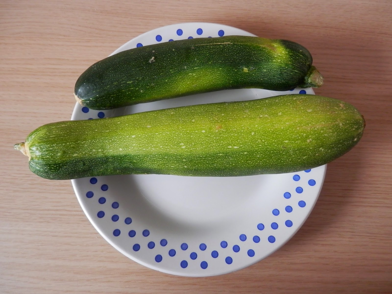 My harvest this month, courgettes, courgettes and more courgettes! secondhandsusie.blogspot.com