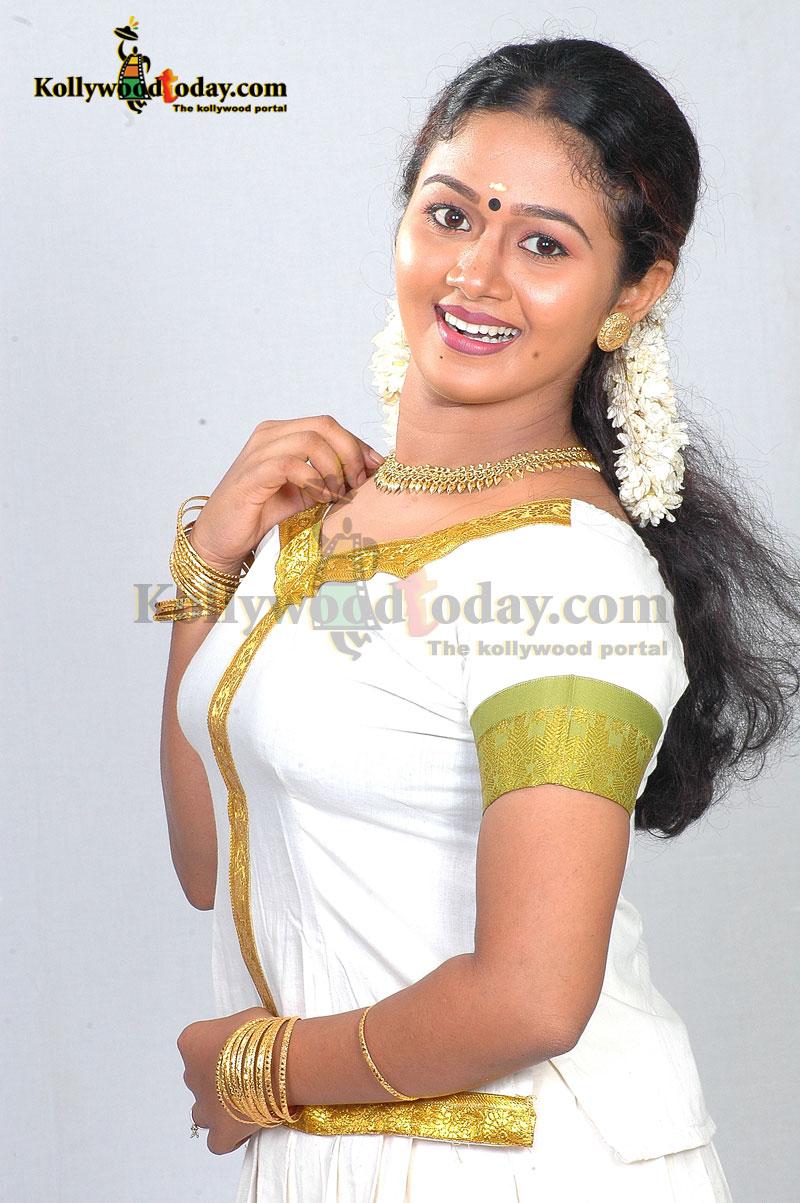 Bravecacelectrics Asianet Serial Rahasyam Cast Dynamix Mini 12 Port Patch Panel Cat 6 T568a T568b Wiring Malayalam Actress Saranya Sasi Hot Photos In Saree And Churidar Read