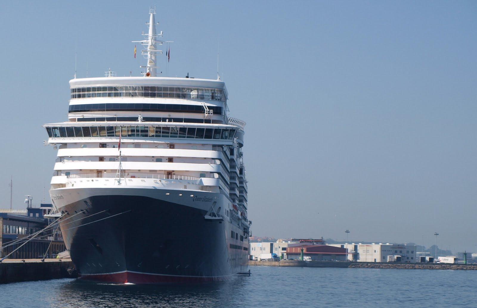 Foto ludens crucero de lujo queen elizabeth en el puerto - Puerto de vigo cruceros ...