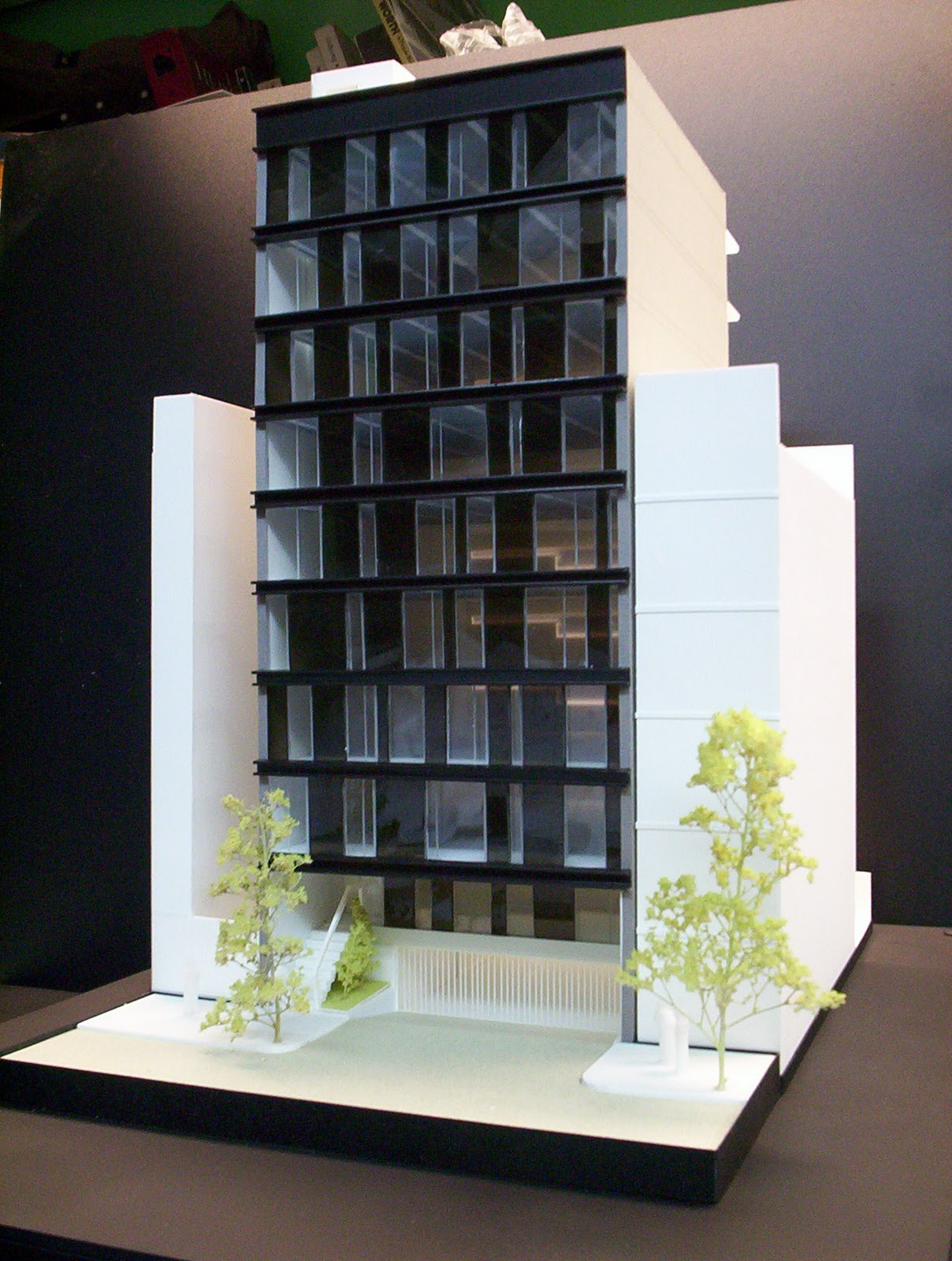 Maqueta de edificio de oficinas - Edificio de oficinas ...