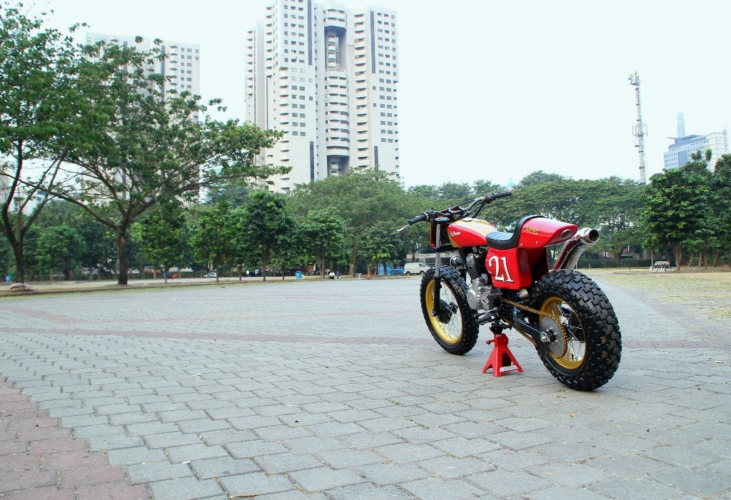 HONDA TIGER '06 - FLAT TRACK STYLE title=