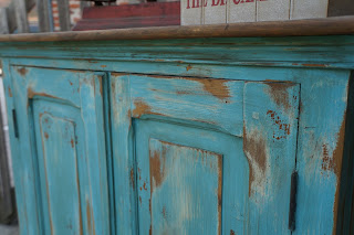 armoire-patinée-turqoise-vieilli-deux-portes-lille-valenciennes