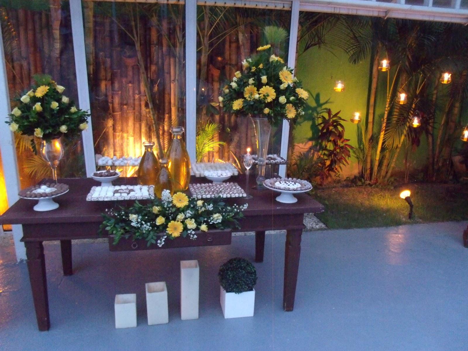 decoracao casamento rustico azul e amarelo : decoracao casamento rustico azul e amarelo: Magia Festas: Evento próprio – Casamento rústico amarelo e branco