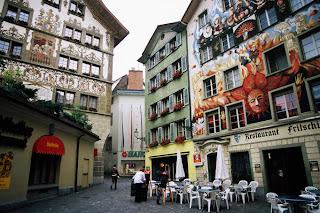 Murales, Sternenplatz, Lucerna