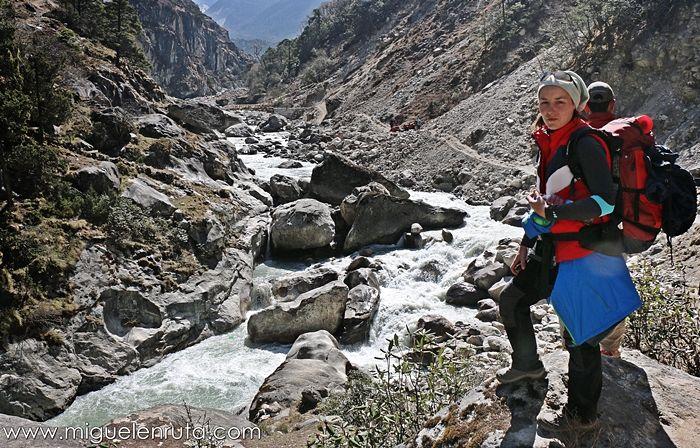 Imja-Khola-Himalaya-Nepal