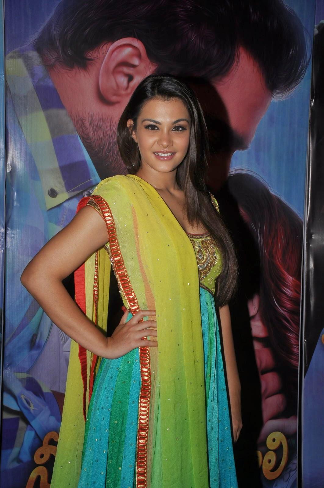 Nazia hussain latest glam pics-HQ-Photo-10