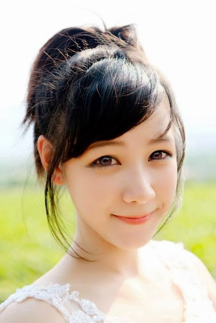 Sơn nữ Mộc Châu đem vẻ đẹp xuống thành phố