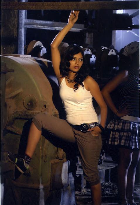 pooja sahu from daiyyam undha movie, pooja latest photos