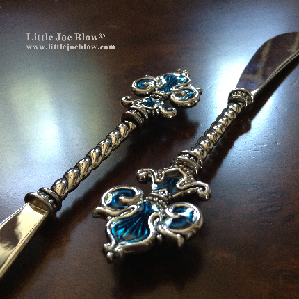 Fleur De Lis Knives- sold by Little Joe Blow photo 1