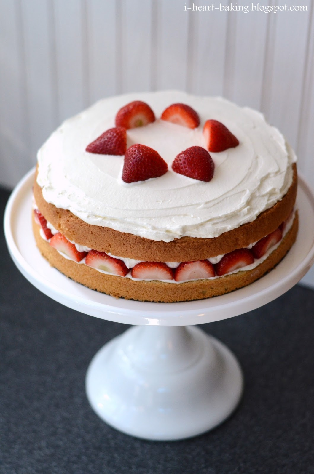 heart baking!: strawberry cream cake