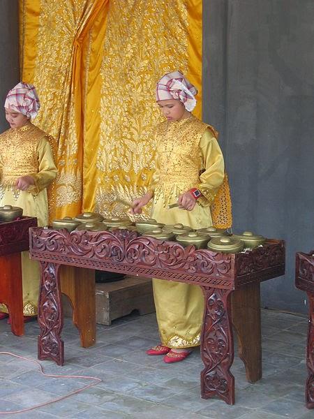 9 Alat Musik Tradisional Sumatera Barat