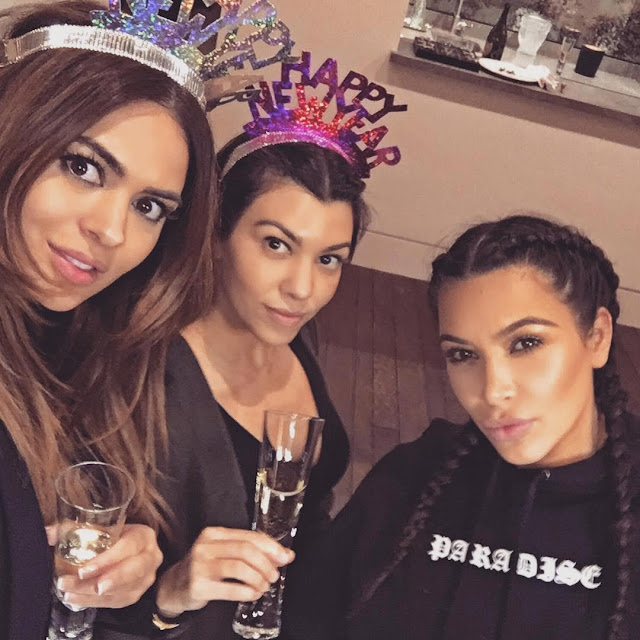 New Year: Kim Kardashian Hangs Out Indoors With Friends On New Year's Day (Photos)