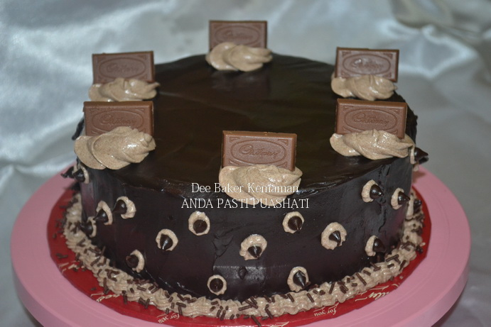 Kek Coklat Indulgence