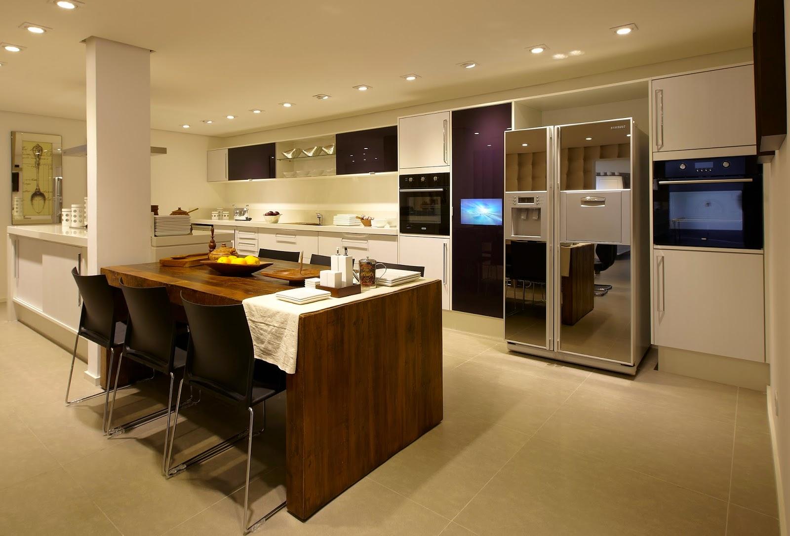 proposta também pode ser aderida nos armários da cozinha olha só #2C1B0A 1600 1086