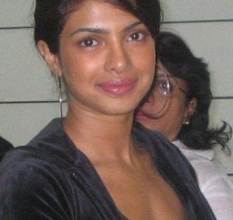 Bollywood Actress Without Makeup Photos Pics Wallpapers amp Images function pics