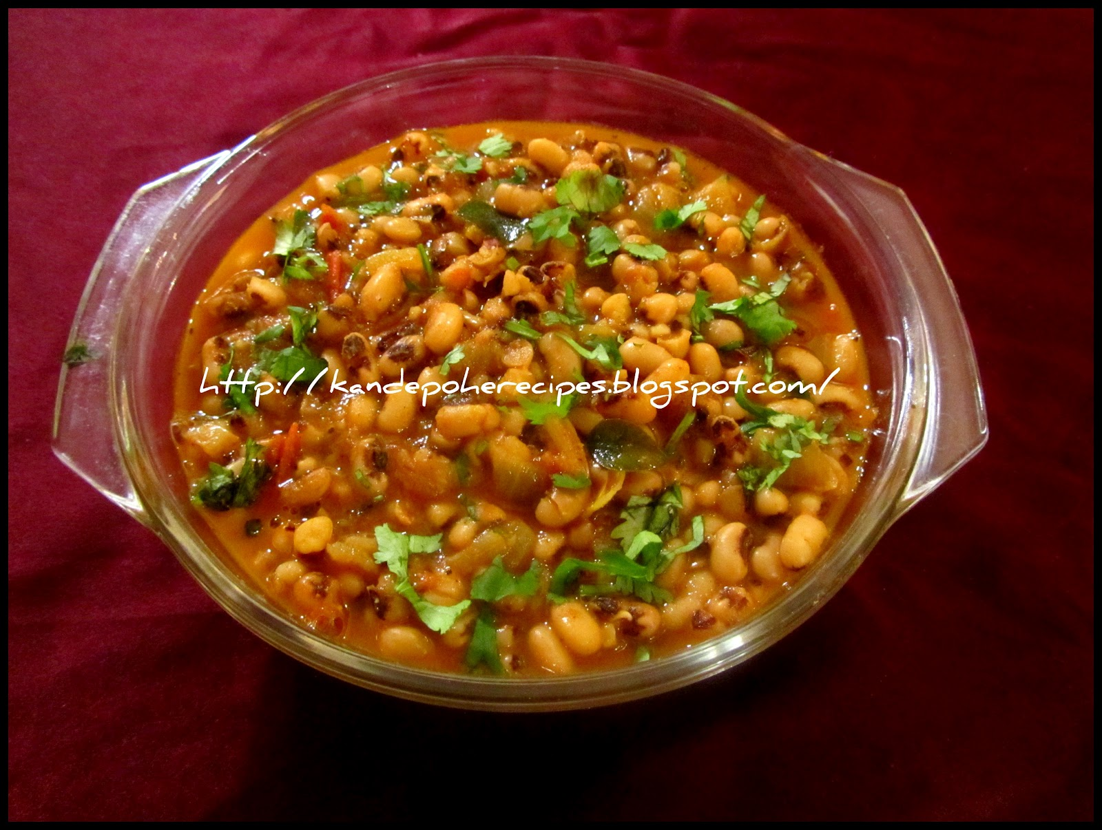 Chavli chi usal / Black eyed beans curry | Spicy-Aroma