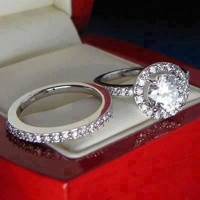 Le Diamant Juste Pour La Femme