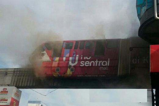 Monorel Terbakar Di Stesen Titiwangsa 30 Mac 2015