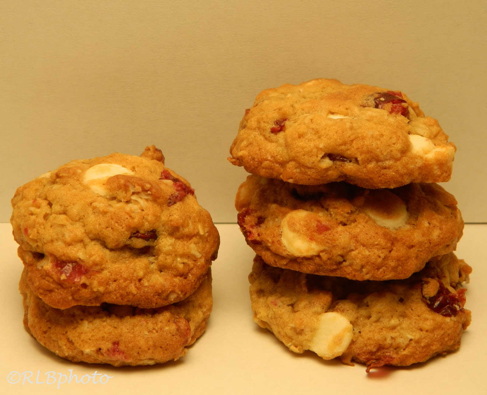 ... Curious Country Cook: : Oatmeal Cranberry White Chocolate Chip Cookies