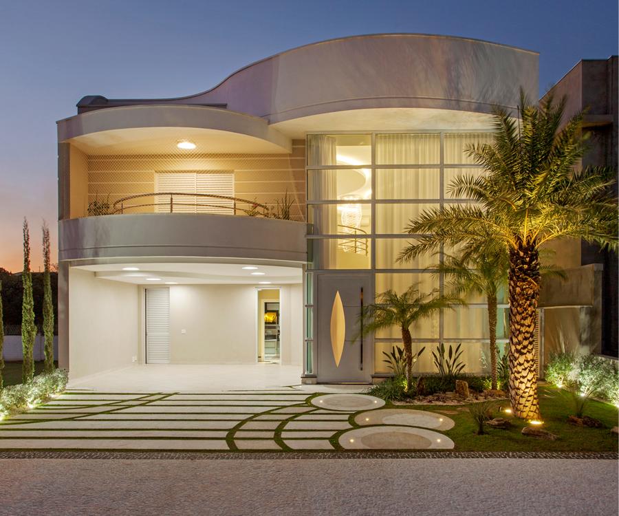 Casa sobrado com fachada moderna em terreno 12x30 for Casas modernas redondas