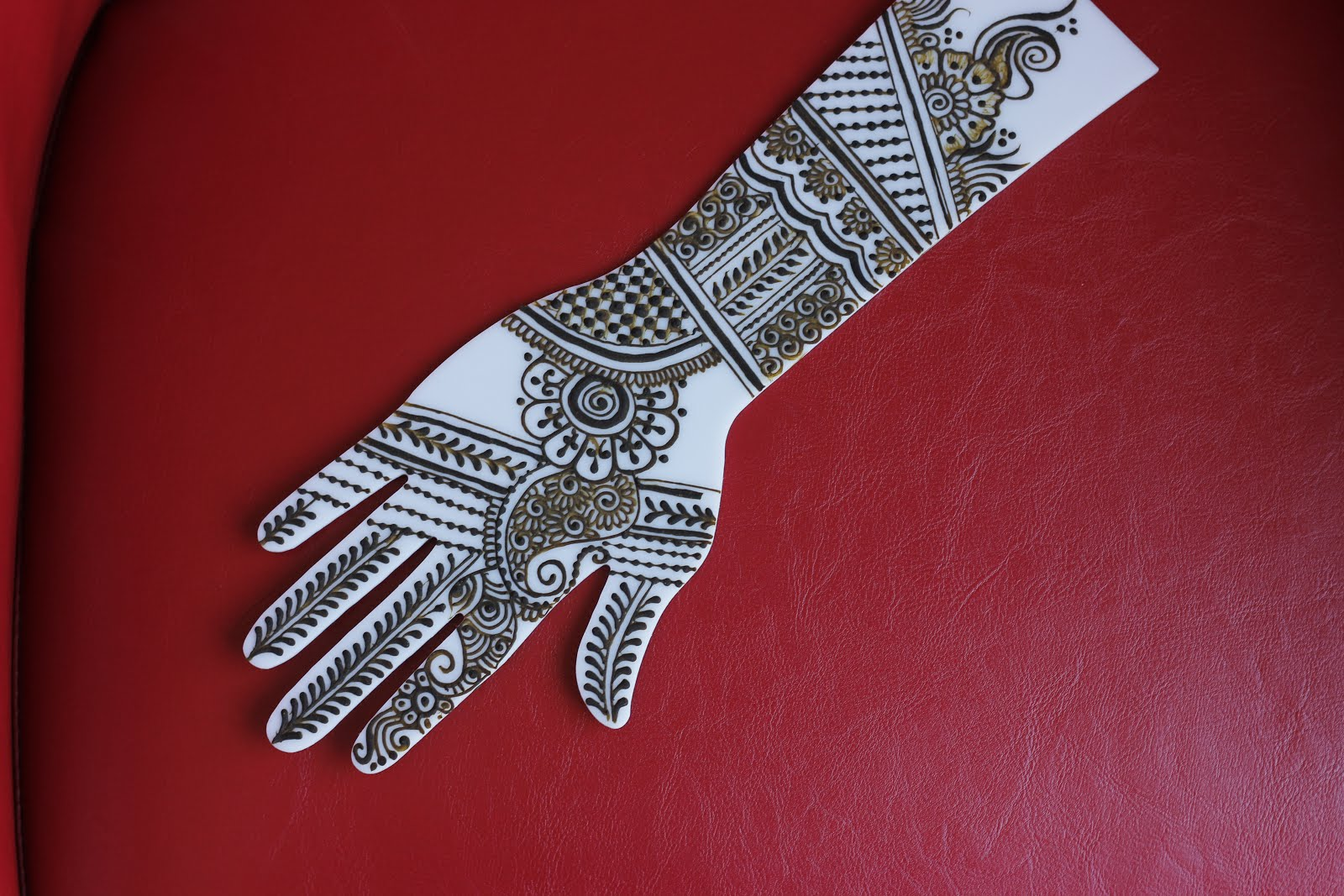 practice henna with acrylic hand template part 2