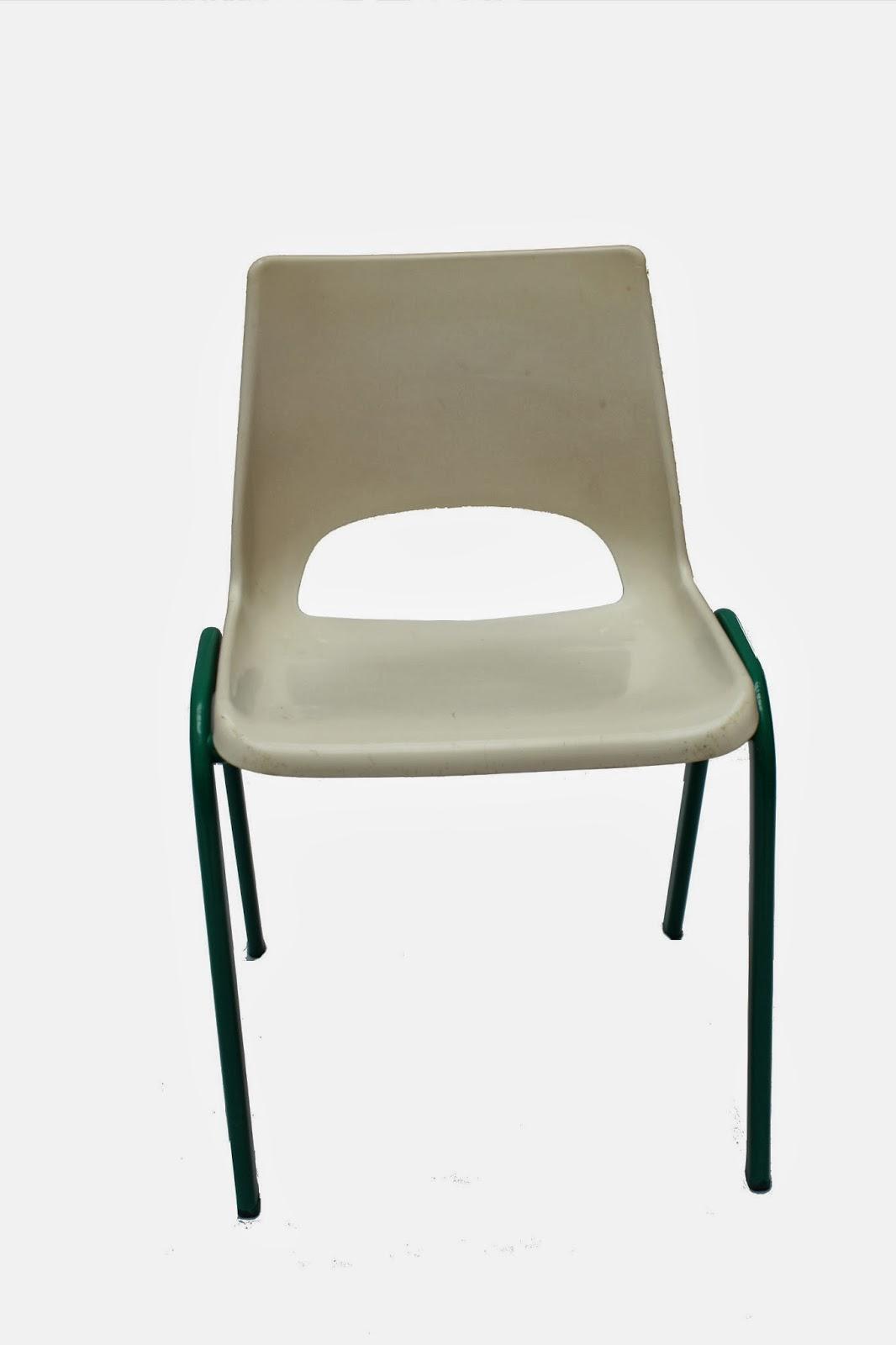 Tipiti chaises et fauteuils - Chaise coque blanche ...