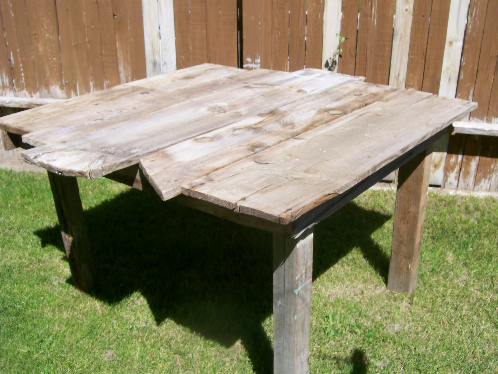 rou size black reclaimed coffee coma barns white tables end of rustic set red on studio distressed frique tablesbarnwood features table side barn barnwood wood full