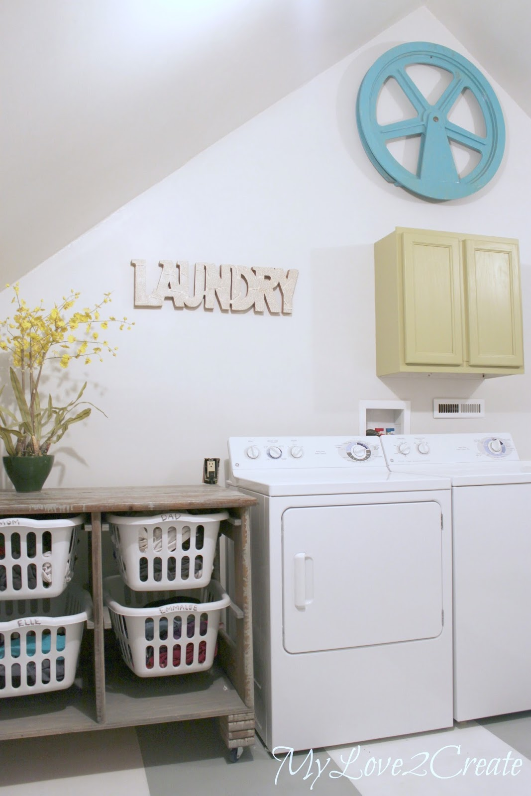 Closet/Laundry Room Makeover!!!  My Love 2 Create