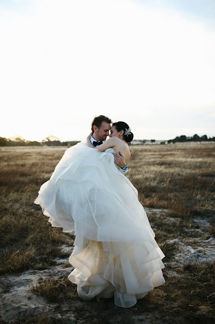 romantic wedding photography melbourne