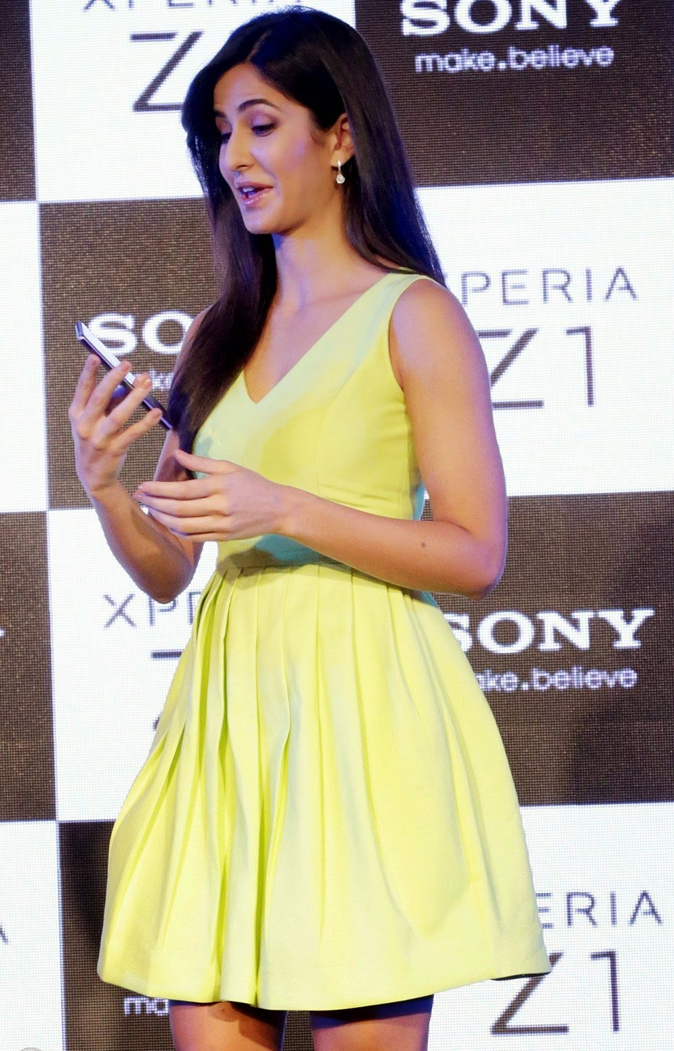 High Quality Bollywood Celebrity Pictures: Katrina Kaif ...