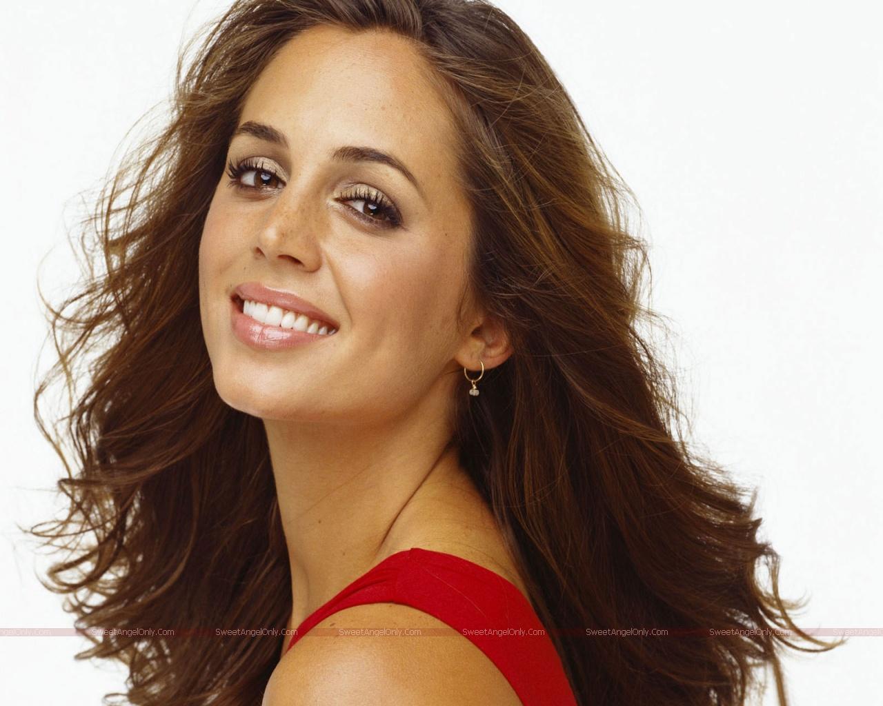 http://1.bp.blogspot.com/-jmCTWDqihgE/TWO1zm19dtI/AAAAAAAAEnc/tXn0nYUnYb4/s1600/eliza_dushku_hot_actress_wallpapers_07.jpg