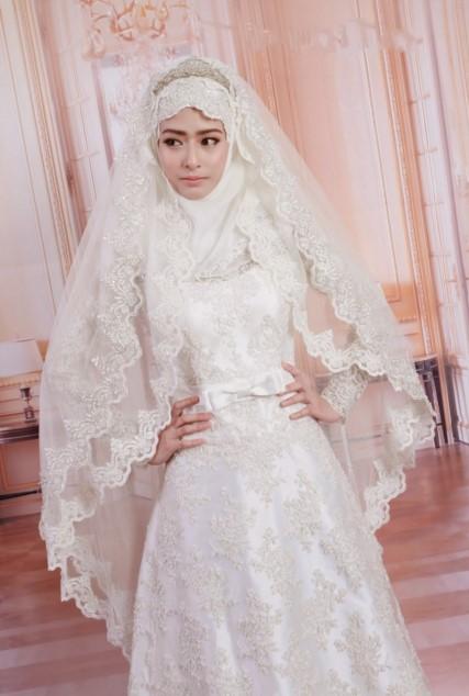 Contoh Gaun Pengantin Muslimah Simple Tapi Elegan