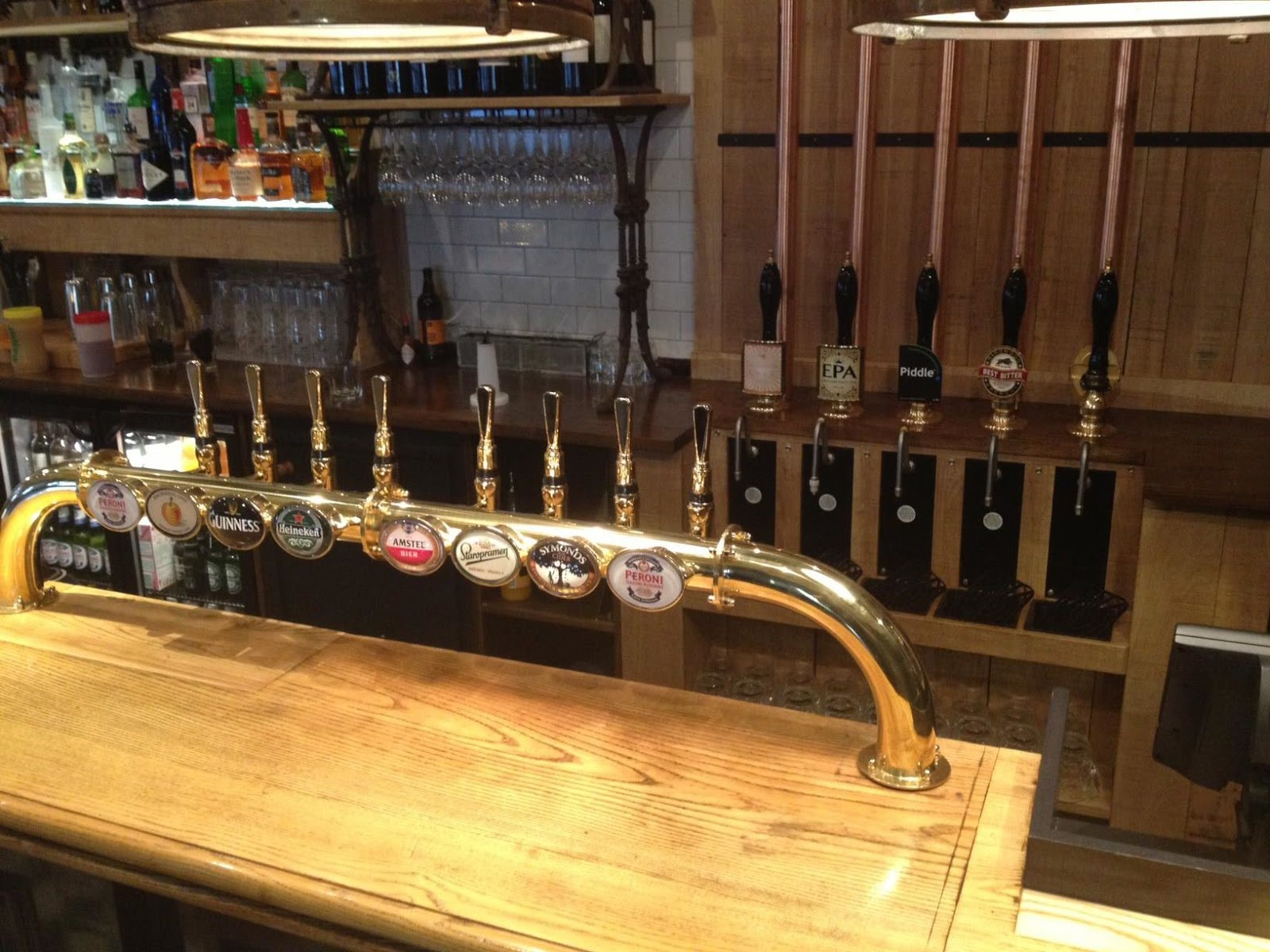 Mobile Bar Hire London Morepour Drinks Dispense