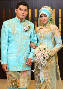 Model Kebaya Muslim untuk Akad Nikah kombinasi Brokat Terbaru 2015
