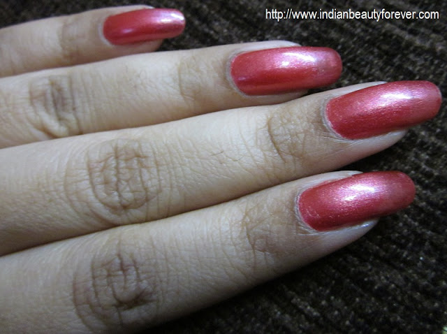 Colorbar nail lacquer