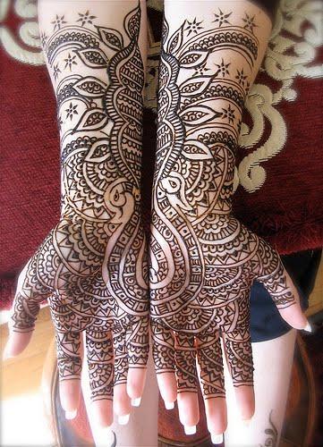 Muslim Mehndi Patterns : Beautiful mehndi designs for muslim brides bridal dresses