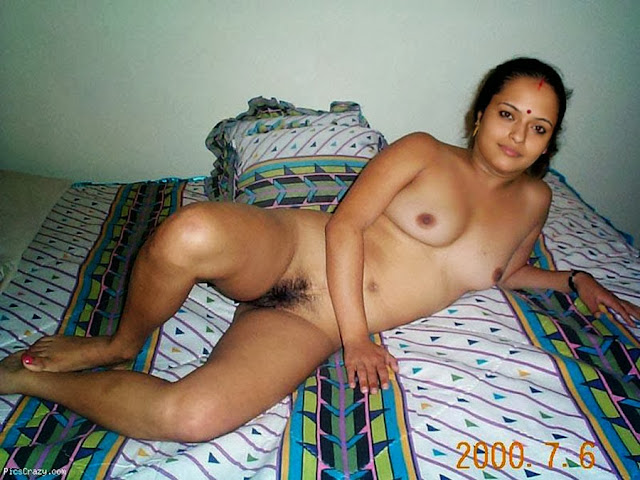 Sexy Savita Bhabhi indianudesi.com