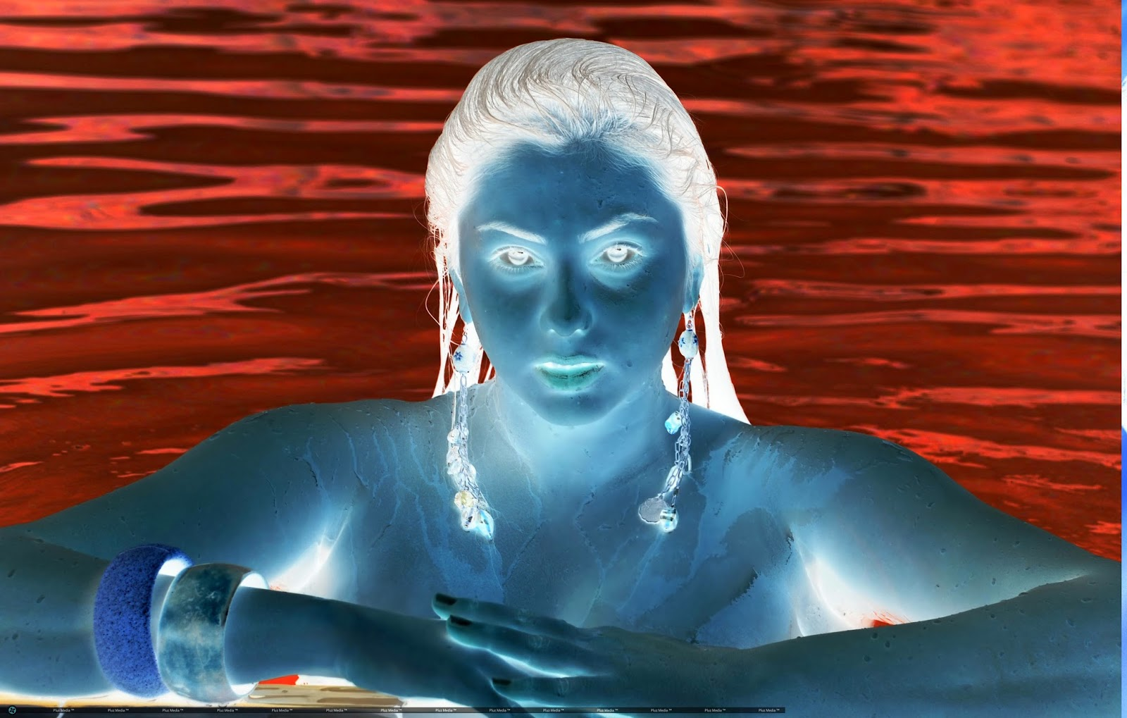 முகமூடி போட்டு ஆபாச படங்களில் மச்சான்ஸ் நடிகை, அதிர்ச்சி தகவல்