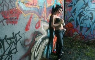 Naughty Girl - Helena_%2528SG%2529_Rustoleum_07.jpg