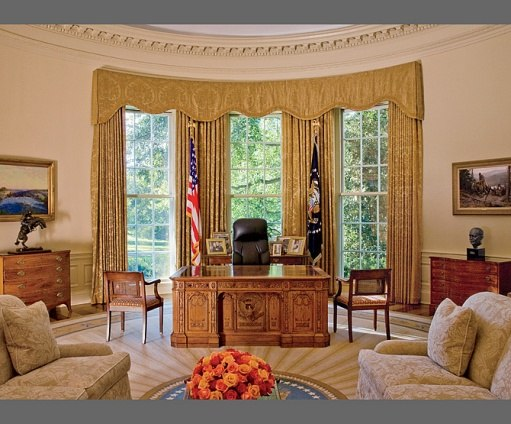 Debbie jacobs interior design for the first families Oval office decor by president