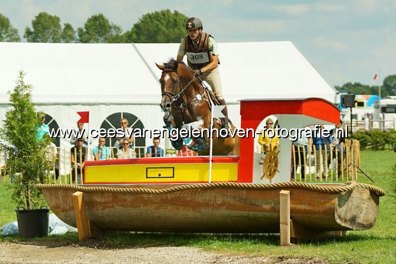 Giequireport deep in the equestrianism emiliano portale - Avere un cavallo ...
