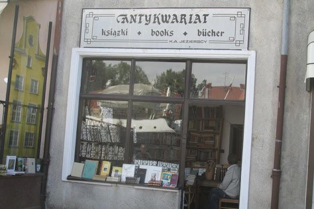 O tym, jak znalazłam w Gdańsku piękne miejsce, pełne starych książek!