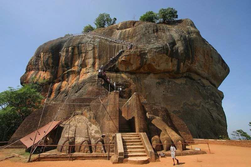 Sigiriya Sri Lanka  City new picture : ... Quotes Online: Sri Lanka : The historical place of sigiriya rock