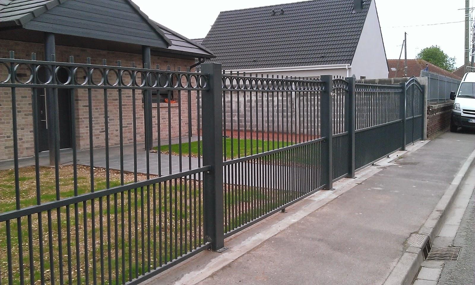 Blog de la maison de l 39 imaginarium l 39 ambiance factory for Portail largeur 2m50
